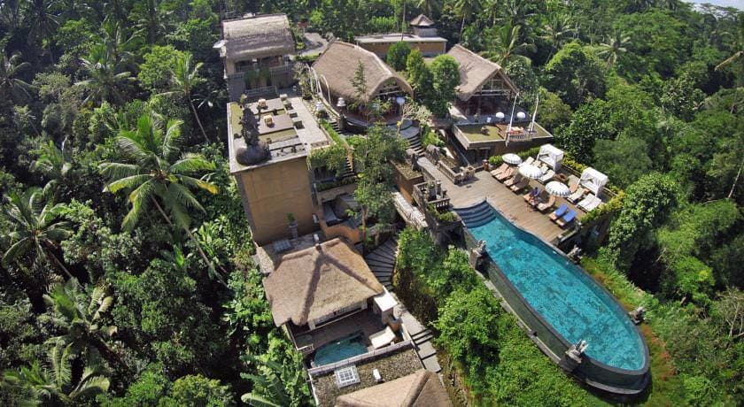 Отель The Kayon Resort
